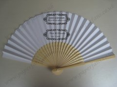 Folding bamboo wedding fan pers